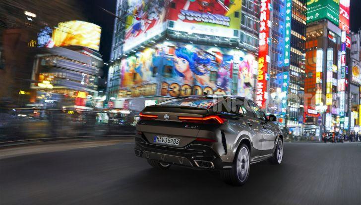 Nuova BMW X6: caratteristiche da Sport Activity Vehicle ed estetica da coupé - Foto 4 di 27