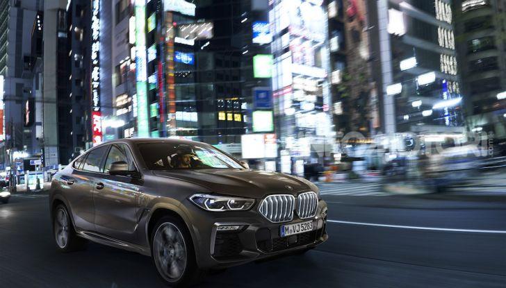 Nuova BMW X6: caratteristiche da Sport Activity Vehicle ed estetica da coupé - Foto 5 di 27