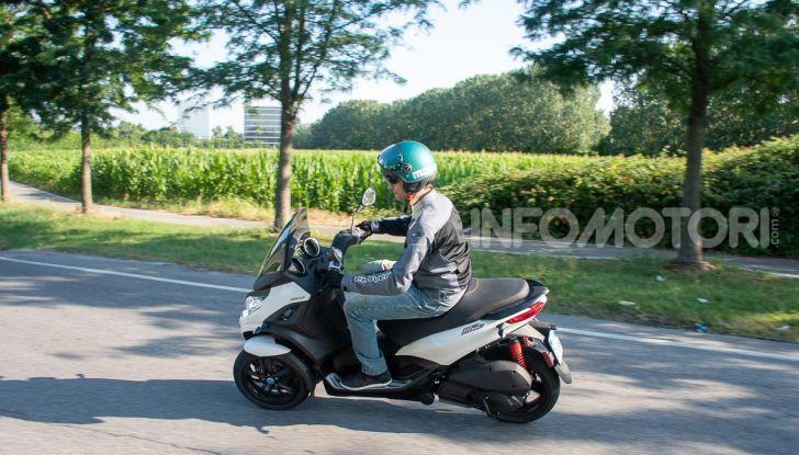 Niente autostrada per gli scooter a tre e quattro ruote, almeno fino a fine anno - Foto 24 di 40