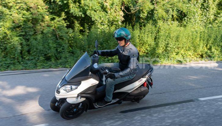 Niente autostrada per gli scooter a tre e quattro ruote, almeno fino a fine anno - Foto 25 di 40