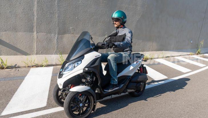Niente autostrada per gli scooter a tre e quattro ruote, almeno fino a fine anno - Foto 30 di 40
