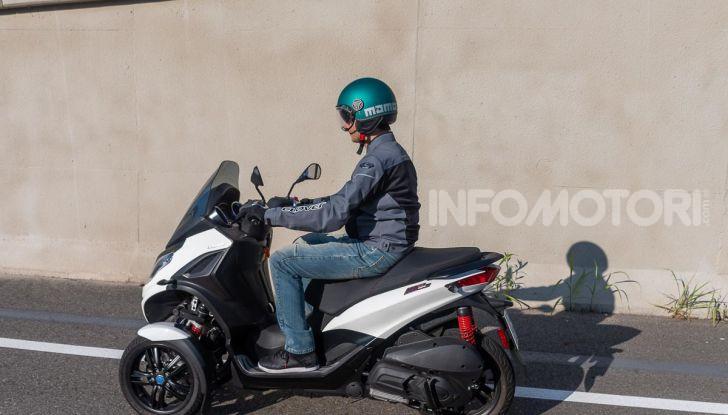 Niente autostrada per gli scooter a tre e quattro ruote, almeno fino a fine anno - Foto 31 di 40