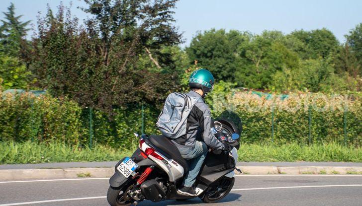 Niente autostrada per gli scooter a tre e quattro ruote, almeno fino a fine anno - Foto 34 di 40