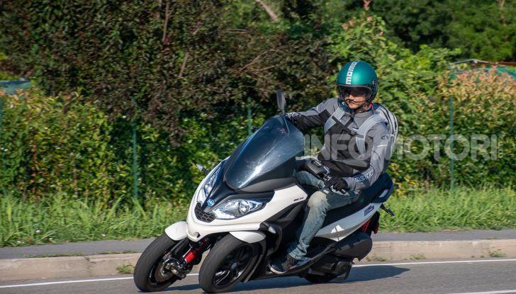 Niente autostrada per gli scooter a tre e quattro ruote, almeno fino a fine anno - Foto 35 di 40