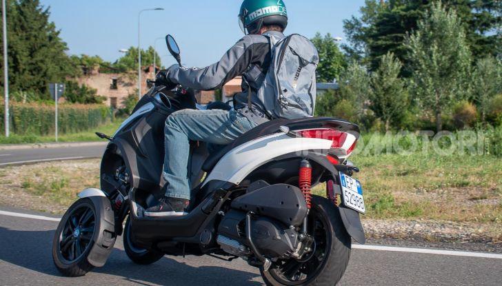Niente autostrada per gli scooter a tre e quattro ruote, almeno fino a fine anno - Foto 36 di 40