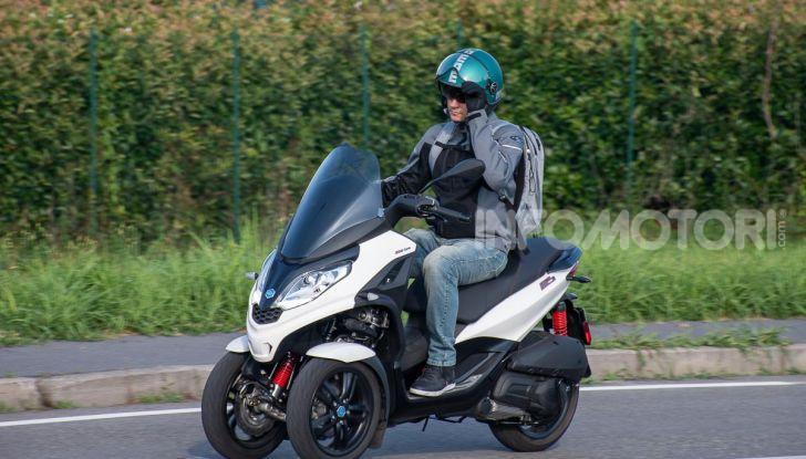 Niente autostrada per gli scooter a tre e quattro ruote, almeno fino a fine anno - Foto 39 di 40