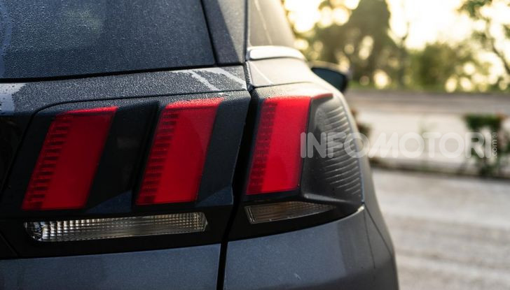 Prova Peugeot 3008 GT Line 2019: vero premium senza rinunce - Foto 16 di 42