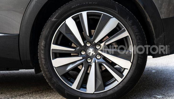 Prova Peugeot 3008 GT Line 2019: vero premium senza rinunce - Foto 18 di 42