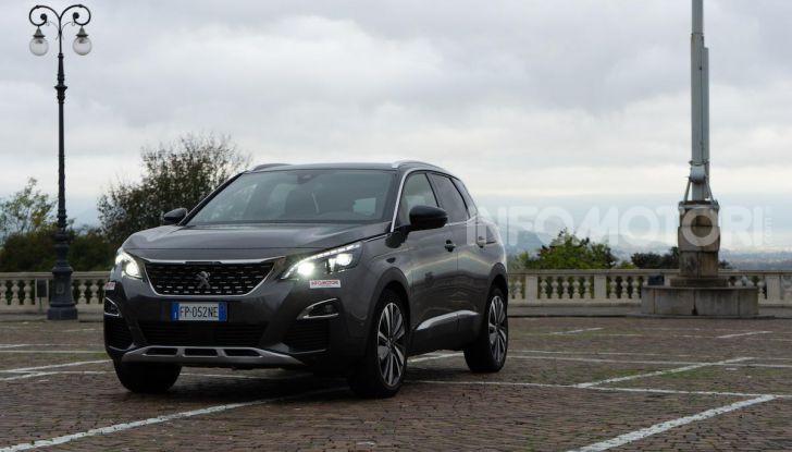Prova Peugeot 3008 GT Line 2019: vero premium senza rinunce - Foto 3 di 42