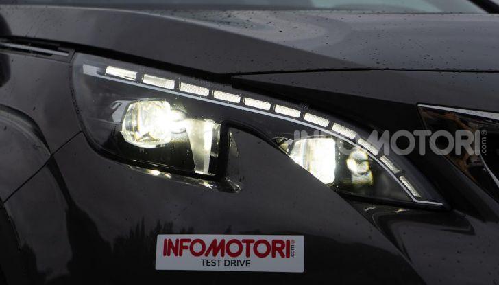Prova Peugeot 3008 GT Line 2019: vero premium senza rinunce - Foto 7 di 42