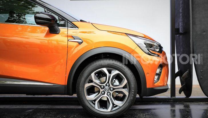 Nuova Renault Captur 2019: SUV d'alto design con variante Plug-In Hybrid - Foto 6 di 47
