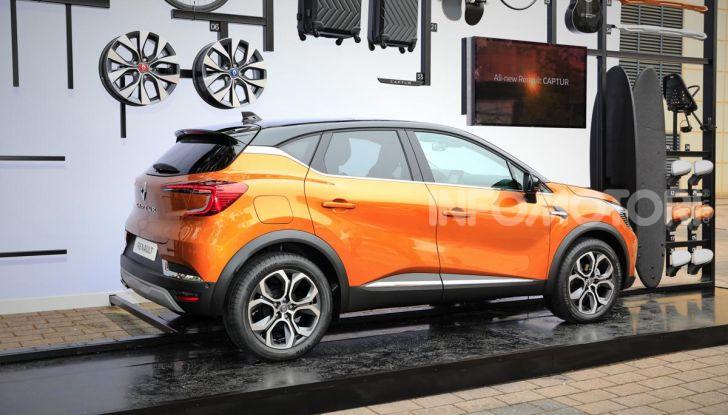Nuova Renault Captur 2019: SUV d'alto design con variante Plug-In Hybrid - Foto 8 di 47