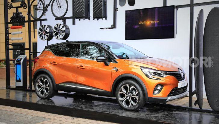 Nuova Renault Captur 2019: SUV d'alto design con variante Plug-In Hybrid - Foto 2 di 47