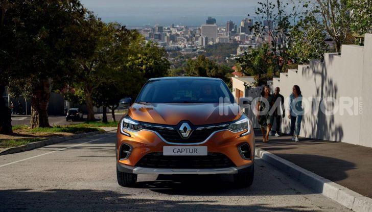 Nuova Renault Captur 2019: SUV d'alto design con variante Plug-In Hybrid - Foto 10 di 47