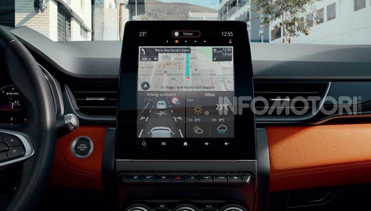 Nuova Renault Captur 2019: SUV d'alto design con variante Plug-In Hybrid - Foto 14 di 47
