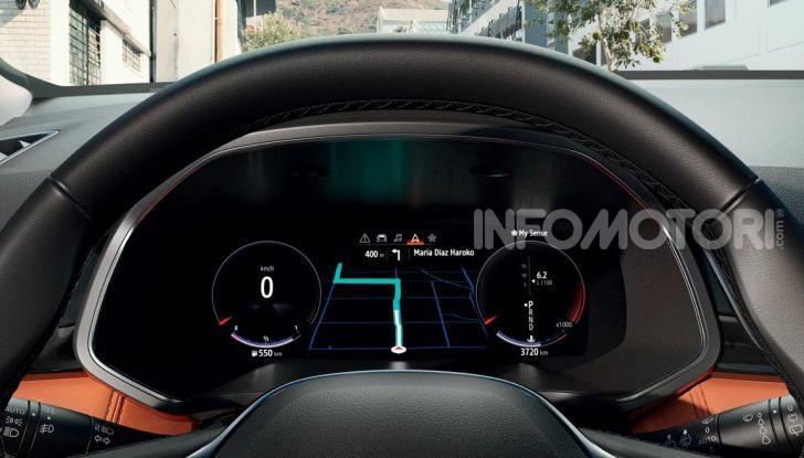 Nuova Renault Captur 2019: SUV d'alto design con variante Plug-In Hybrid - Foto 13 di 47