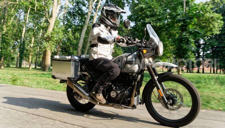 """Prova Royal Enfield Himalayan, il gusto dell'andare in moto """"facile"""" - Foto 1 di 50"""