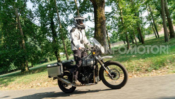 """Prova Royal Enfield Himalayan, il gusto dell'andare in moto """"facile"""" - Foto 6 di 50"""