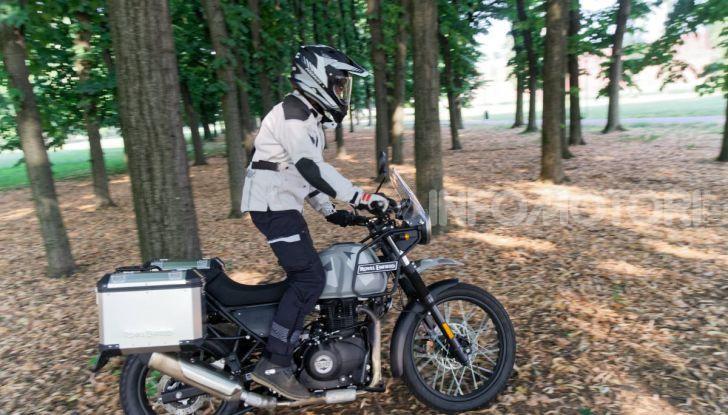 """Prova Royal Enfield Himalayan, il gusto dell'andare in moto """"facile"""" - Foto 13 di 50"""