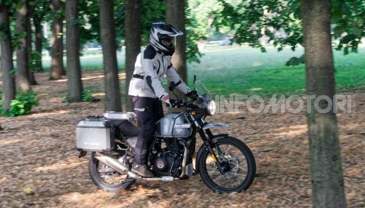 """Prova Royal Enfield Himalayan, il gusto dell'andare in moto """"facile"""" - Foto 17 di 50"""