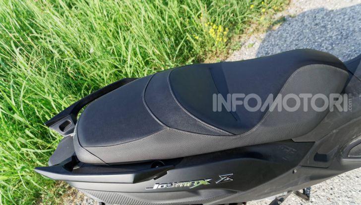 Prova SYM Joymax 300 Z, non solo un prezzo allettante! - Foto 21 di 34