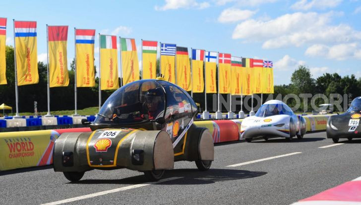 Gara all'auto che consuma meno: il record è di quasi 3.000Km con un litro di benzina - Foto 1 di 31