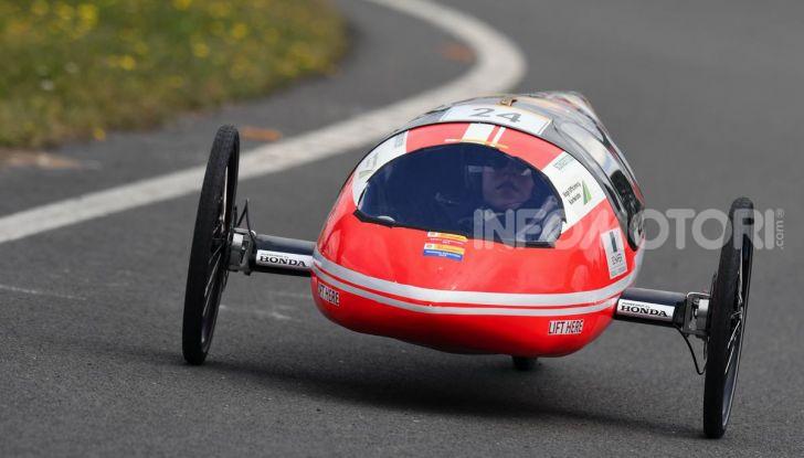 Gara all'auto che consuma meno: il record è di quasi 3.000Km con un litro di benzina - Foto 3 di 31