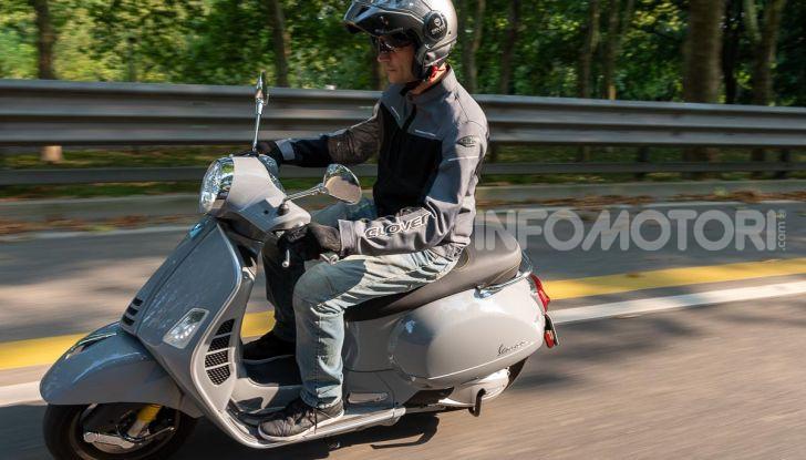 Prova Vespa GTS 300 hpe SuperTech, mai guidata una Vespa così! - Foto 40 di 49