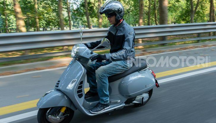 Prova Vespa GTS 300 hpe SuperTech, mai guidata una Vespa così! - Foto 41 di 49