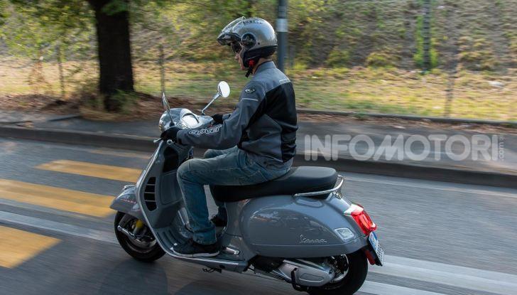 Prova Vespa GTS 300 hpe SuperTech, mai guidata una Vespa così! - Foto 46 di 49
