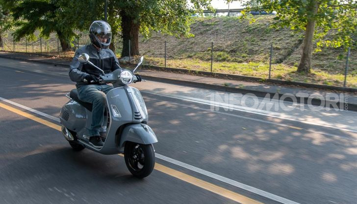 Prova Vespa GTS 300 hpe SuperTech, mai guidata una Vespa così! - Foto 49 di 49