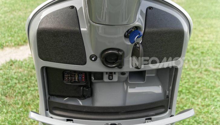 Prova Vespa GTS 300 hpe SuperTech, mai guidata una Vespa così! - Foto 5 di 49