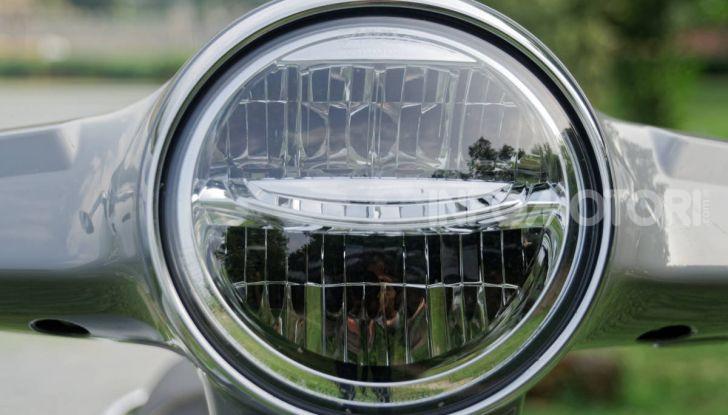 Prova Vespa GTS 300 hpe SuperTech, mai guidata una Vespa così! - Foto 12 di 49