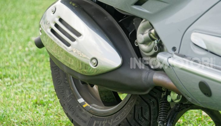 Prova Vespa GTS 300 hpe SuperTech, mai guidata una Vespa così! - Foto 14 di 49