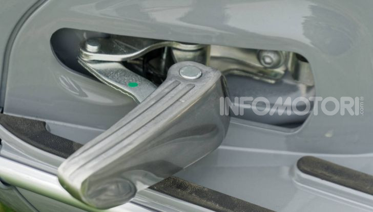 Prova Vespa GTS 300 hpe SuperTech, mai guidata una Vespa così! - Foto 16 di 49