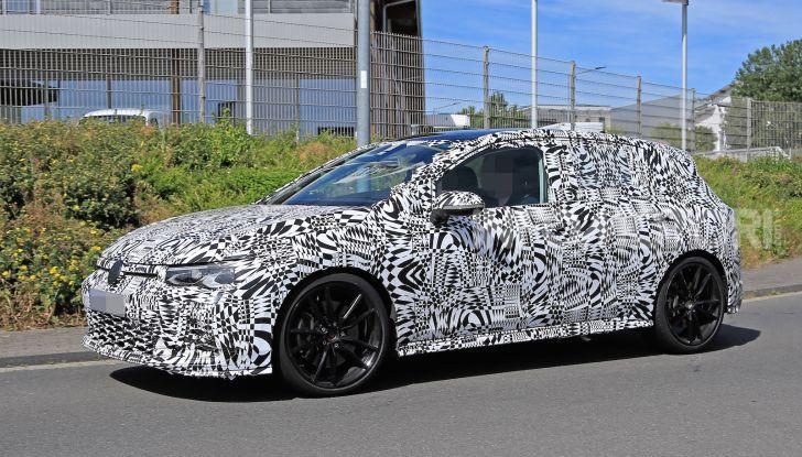 Volkswagen Golf 8 GTI 2020, immagini e dati tecnici - Foto 5 di 15