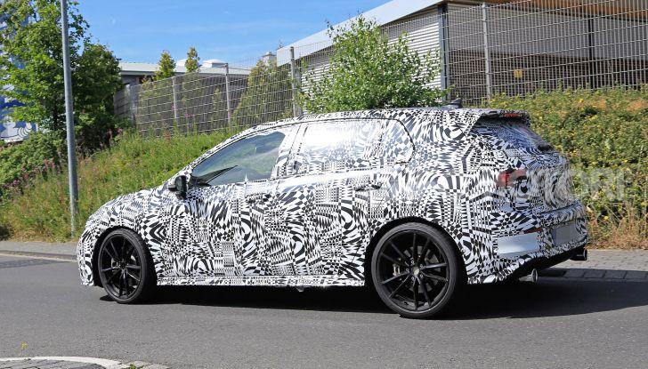 Volkswagen Golf 8 GTI 2020, immagini e dati tecnici - Foto 7 di 15