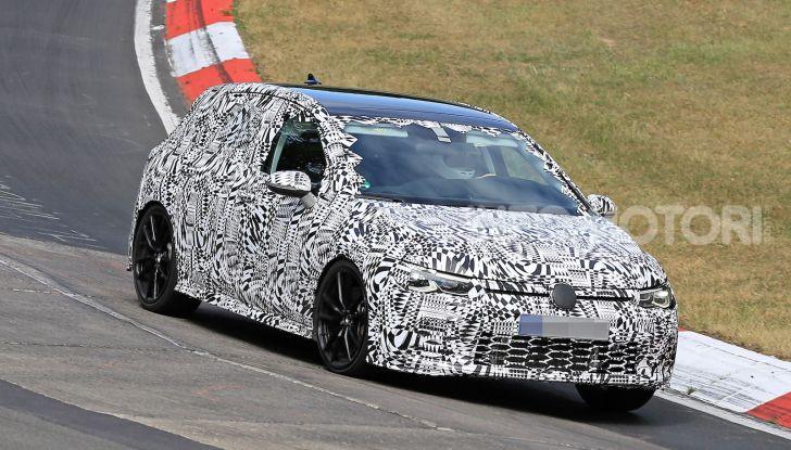 Volkswagen Golf 8 GTI 2020, immagini e dati tecnici - Foto 1 di 15