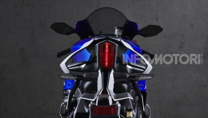 Nuove Yamaha YZF-R1 2020 e R1M 2020: ancora più MotoGP! - Foto 15 di 39