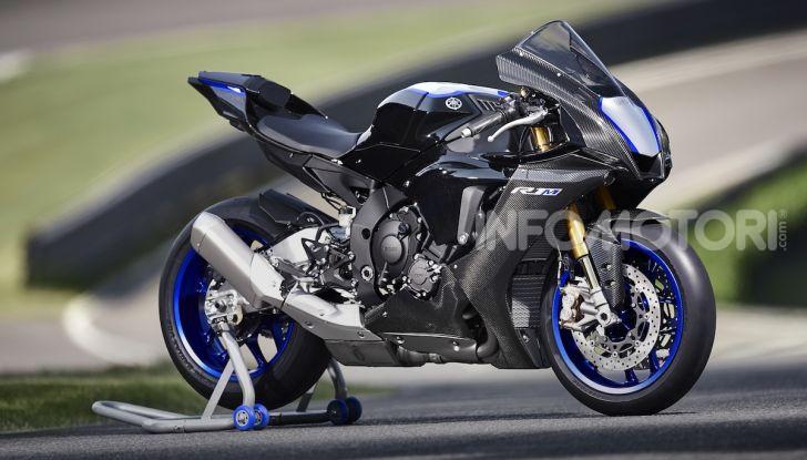 Nuove Yamaha YZF-R1 2020 e R1M 2020: ancora più MotoGP! - Foto 36 di 39