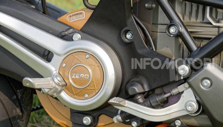 Prova Zero Motorcycles SR/F, l'elettrica di nuova generazione - Foto 35 di 58