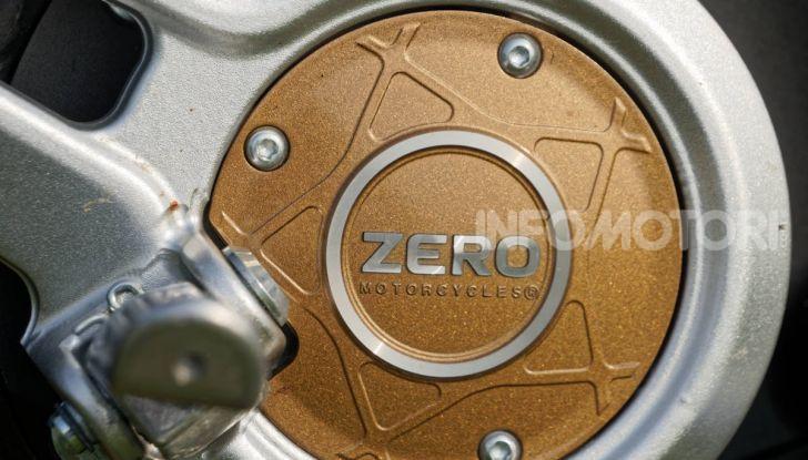 Prova Zero Motorcycles SR/F, l'elettrica di nuova generazione - Foto 39 di 58