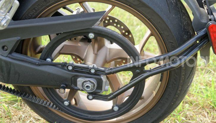 Prova Zero Motorcycles SR/F, l'elettrica di nuova generazione - Foto 46 di 58