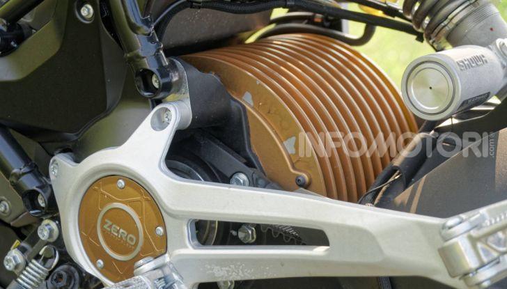 Prova Zero Motorcycles SR/F, l'elettrica di nuova generazione - Foto 47 di 58