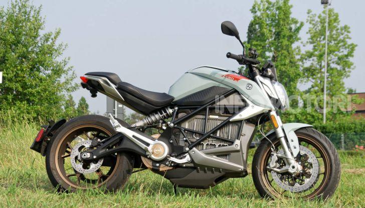 Prova Zero Motorcycles SR/F, l'elettrica di nuova generazione - Foto 54 di 58