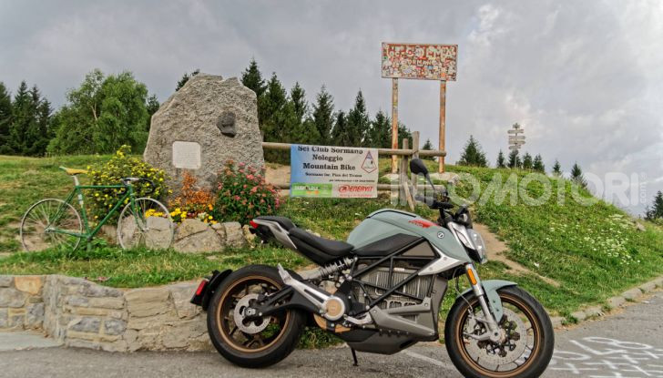 Prova Zero Motorcycles SR/F, l'elettrica di nuova generazione - Foto 56 di 58
