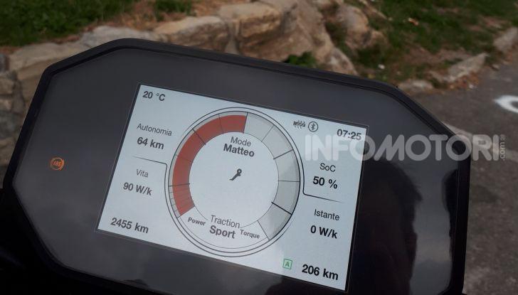 Prova Zero Motorcycles SR/F, l'elettrica di nuova generazione - Foto 58 di 58