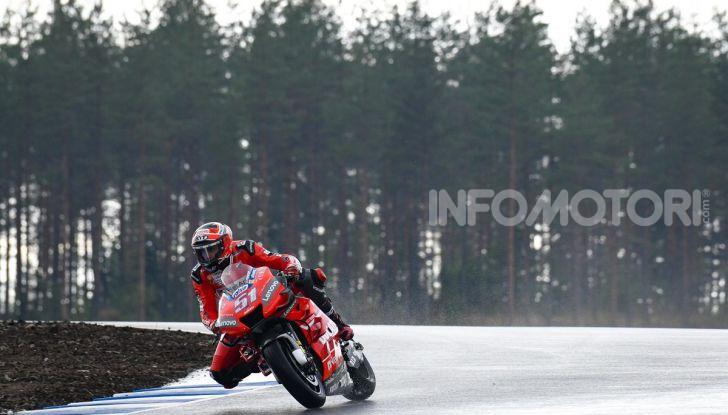 MotoGP 2019: Bradley Smith e l'Aprilia al top nella due giorni di test sul KymiRing - Foto 4 di 11