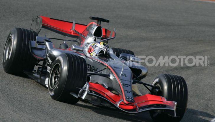F1: i piloti più famosi licenziati a stagione in corso - Foto 8 di 16