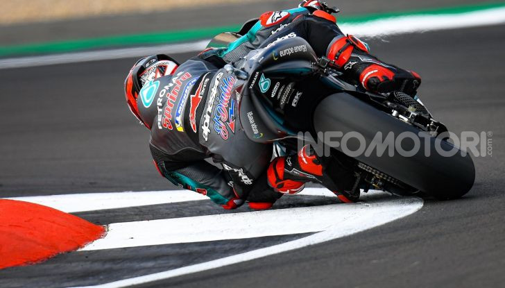 MotoGP 2019, GP di Gran Bretagna: Rins vince a Silverstone una gara al fotofinish, Dovizioso a terra - Foto 15 di 19